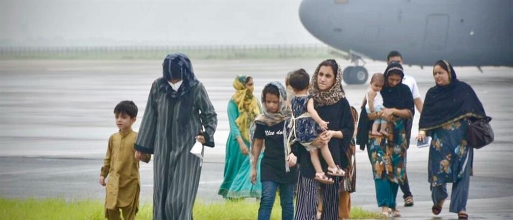 Αφγανιστάν: παιδιά χάνονται στο αεροδρόμιο της Καμπούλ