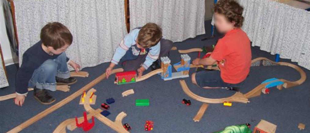 Δικαστική απόφαση: Πρόστιμο και προσωποκράτηση στους γονείς όταν τα παιδιά κάνουν φασαρία