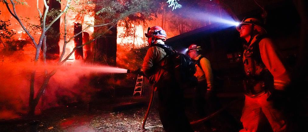 Στο έλεος της πυρκαγιάς η Καλιφόρνια (εικόνες)