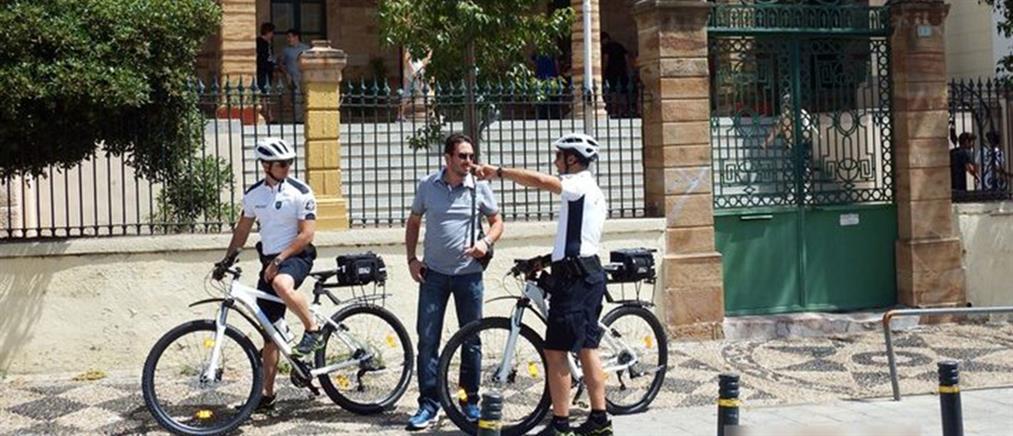 Αστυνομικοί - ποδηλάτες σε Χίο και Μυτιλήνη (φωτό)