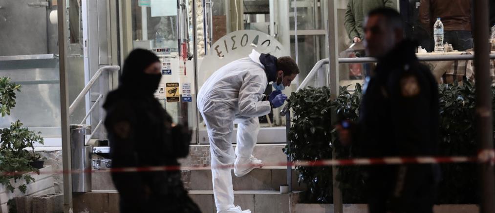 """Έγκλημα στη Βάρη: """"Σφήκες"""" οι χήρες των θυμάτων"""