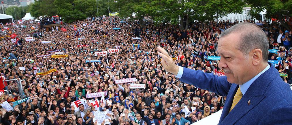 """Ερντογάν: αν το Βερολίνο αποσύρει τον στρατό του θα πούμε """"αντίο"""""""