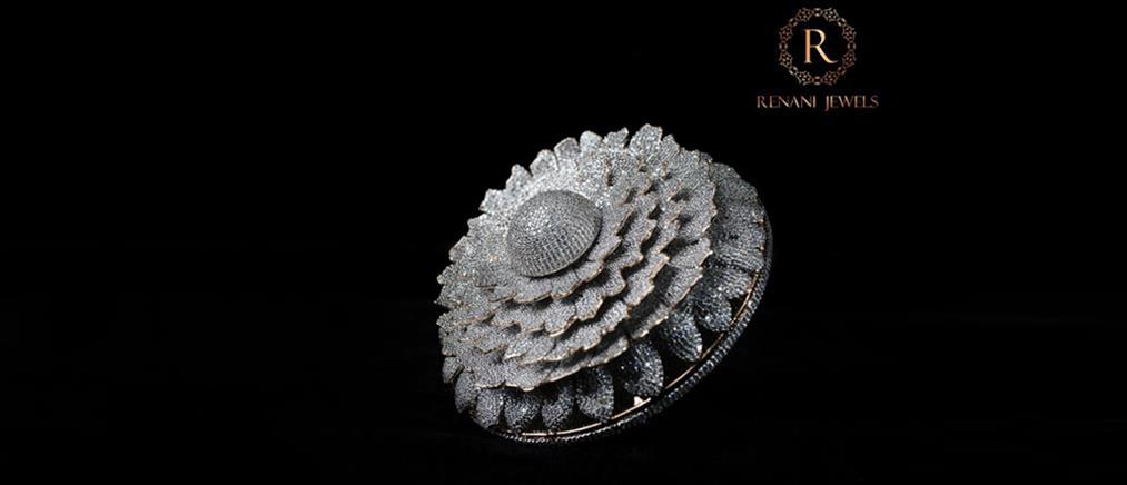 Δαχτυλίδι με 12638 διαμάντια μπήκε στα ρεκόρ Γκίνες! (εικόνες)