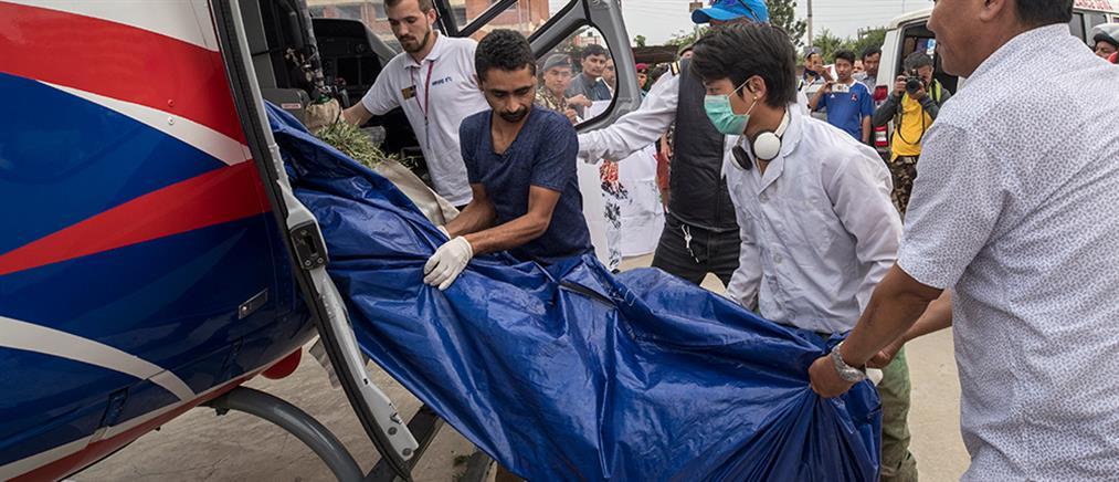 Αυξάνονται οι νεκροί ορειβάτες στο Έβερεστ (εικόνες)