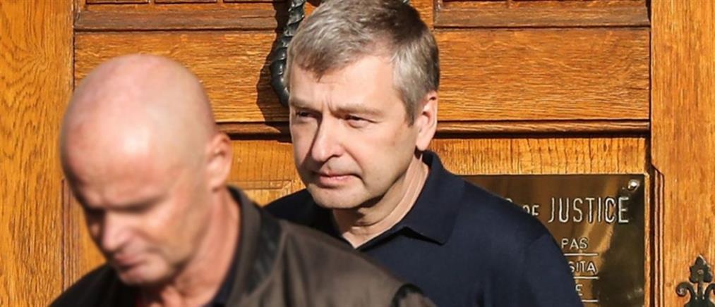 Εγκατέλειψε το Μονακό ο Ριμπολόβλεφ