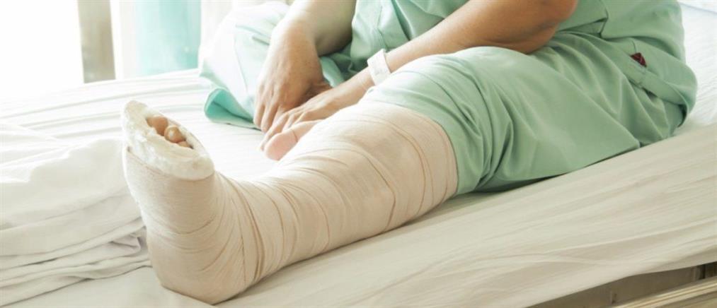 Καταδικάστηκαν οι γιατροί που χειρούργησαν 80χρονη στο αριστερό πόδι… ενώ είχε σπάσει το δεξί