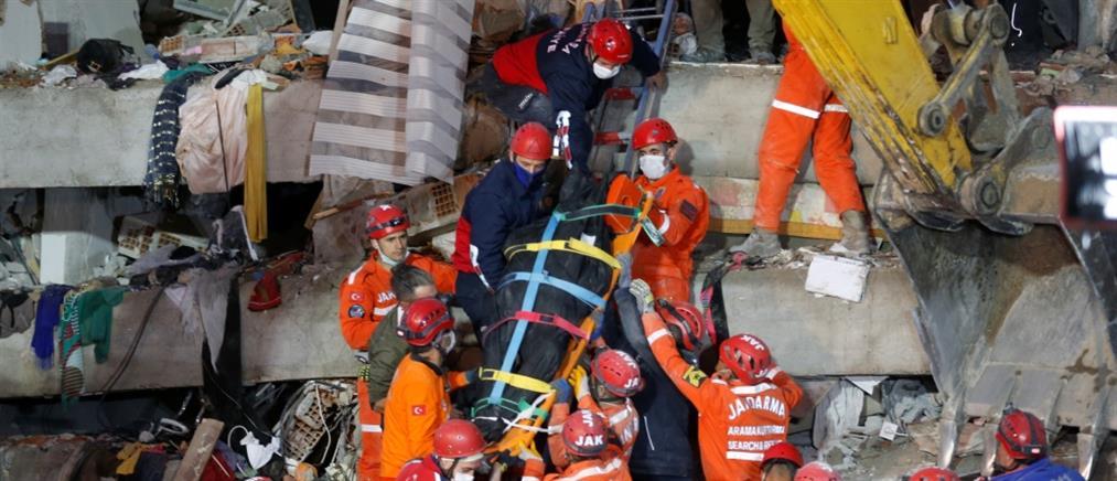 Τουρκία - σεισμός: αυξάνονται δραματικά οι νεκροί στη Σμύρνη