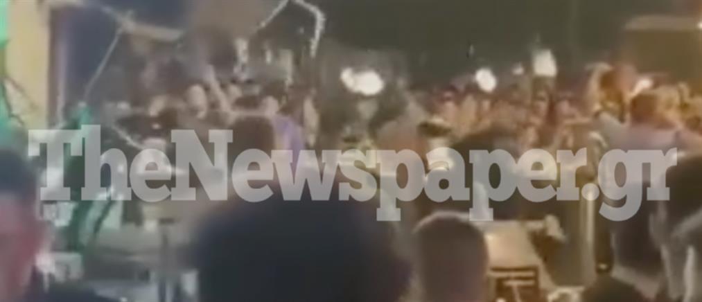 Βόλος: Άγρια συμπλοκή έξω από μπαρ (βίντεο)