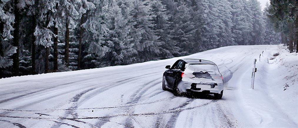 Σφοδρή χιονόπτωση στην Χαλκιδική – Που χρειάζονται αλυσίδες