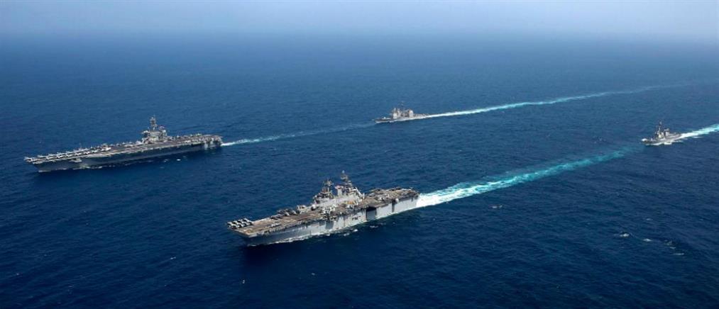 """""""Παιχνίδια πολέμου"""" στην Αραβική Θάλασσα (βίντεο)"""