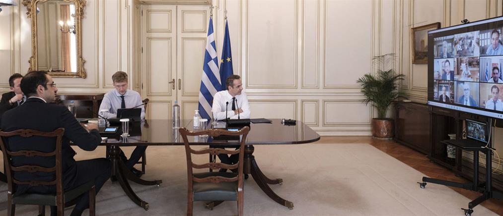 Κορονοϊός - Μητσοτάκης: έλεγχοι παντού και ετοιμότητα για νέα μέτρα