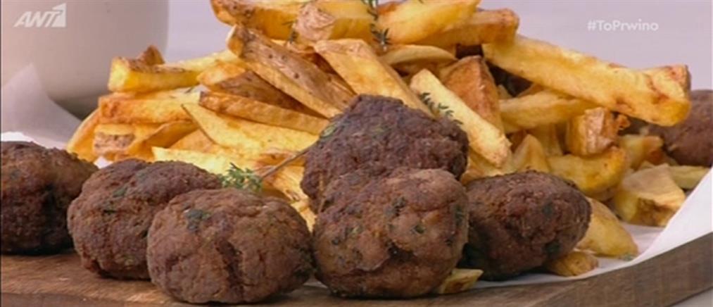 Κεφτεδάκια με πατάτες τηγανιτές από τον Βασίλη Καλλίδη