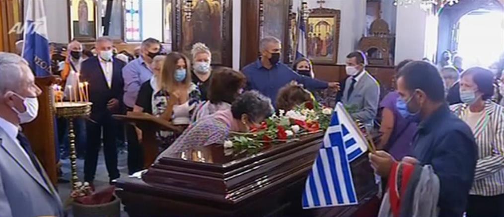 """Μίκης Θεοδωράκης: στα Χανιά το """"τελευταίο αντίο"""" (βίντεο)"""
