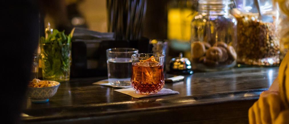 Χαρδαλιάς: Απαγορεύονται τα take away ποτά