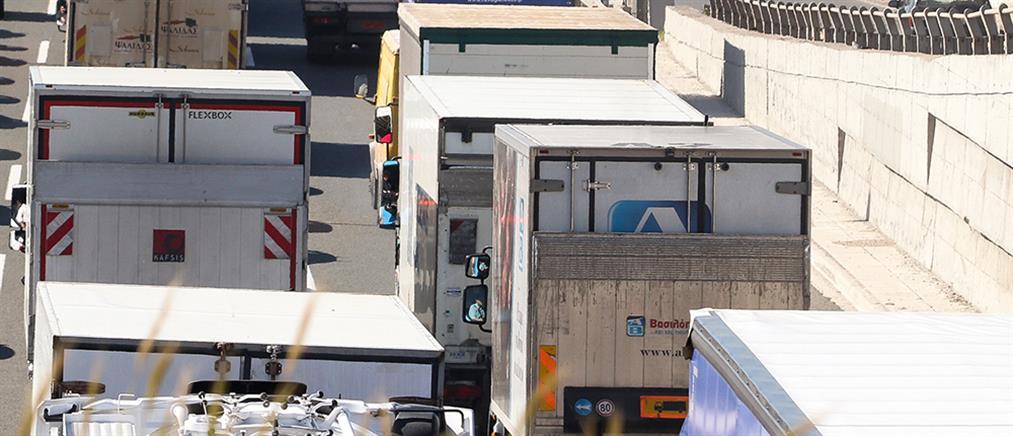 Κορονοϊός: Αιφνιδιαστικά τεστ σε οδηγούς φορτηγών στα σύνορα
