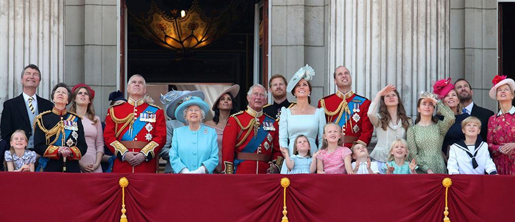 Οι καλύτερες στιγμές της βρετανικής βασιλικής οικογένειας το 2018  (βίντεο)