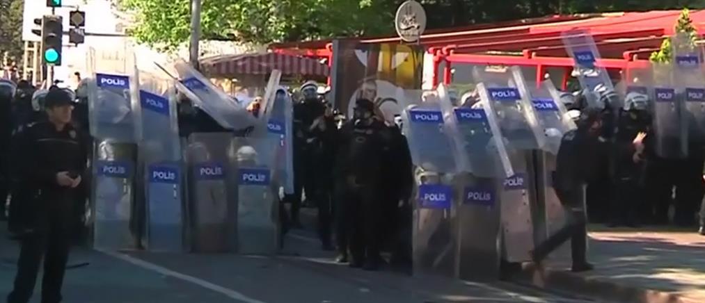 Πυροβόλησαν Κούρδο που προσπαθούσε να κατεβάσει τουρκική σημαία