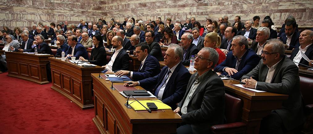 """""""Μασάζ"""" στους βουλευτές του ΣΥΡΙΖΑ για το πολυνομοσχέδιο με τα προαπαιτούμενα"""