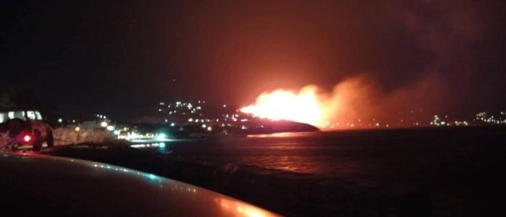Νύχτα αγωνίας στην Κάρυστο εξαιτίας μεγάλης πυρκαγιάς