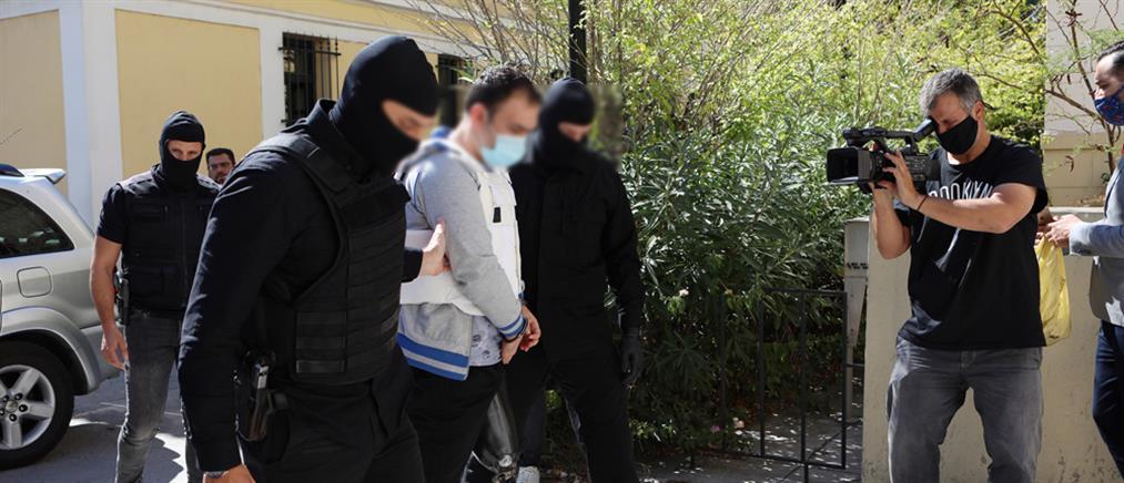 """ISIS - Αθήνα: Ο Ιρακινός αντιμετωπίζει """"βαρύ"""" κατηγορητήριο"""