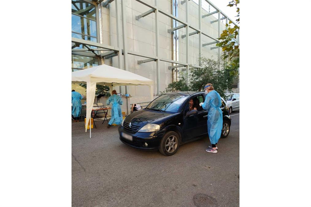 Drive Through Testing - ΕΟΔΥ - Gallery
