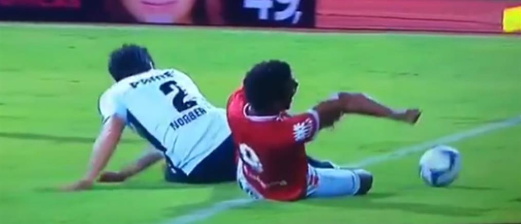 """Βίντεο-σοκ: ποδοσφαιριστής """"διαλύει"""" το χέρι του, ενώ κάνει τάκλιν (σκληρές εικόνες)"""