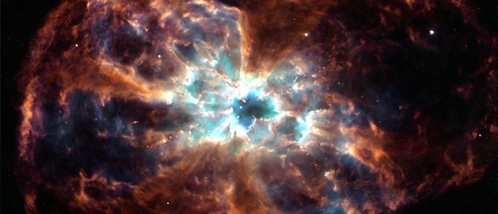Διάστημα: ανακαλύφθηκαν μυστηριώδη αντικείμενα και το γιγάντιο Τείχος του Νότιου Πόλου