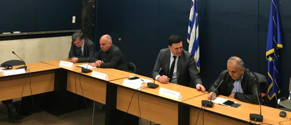 Κορονοϊός: έκτακτη σύσκεψη στο υπουργείο Υγείας