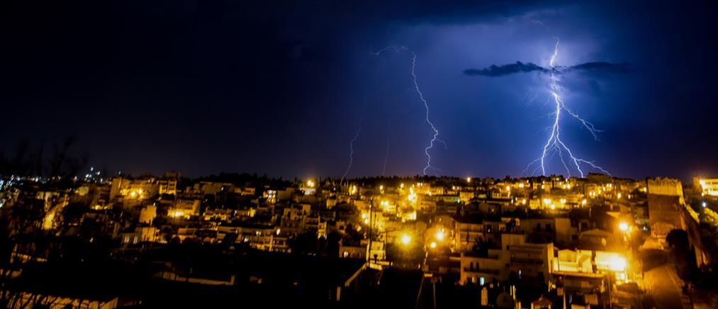 Περισσότεροι από 3.000 κεραυνοί έπεσαν την Πέμπτη στην Ελλάδα