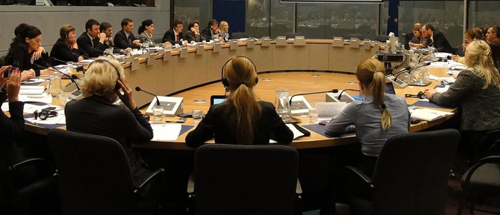 Πολιτική διαπραγμάτευση στο EWG για συντάξεις και παροχές