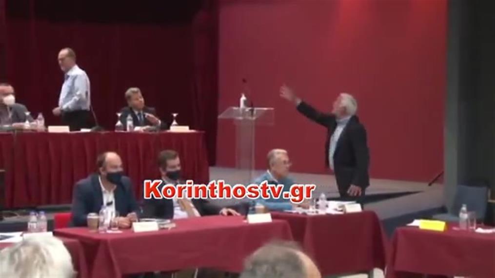 Άγριος καυγάς μεταξύ του πρώην και του νυν περιφερειάρχη Πελοποννήσου