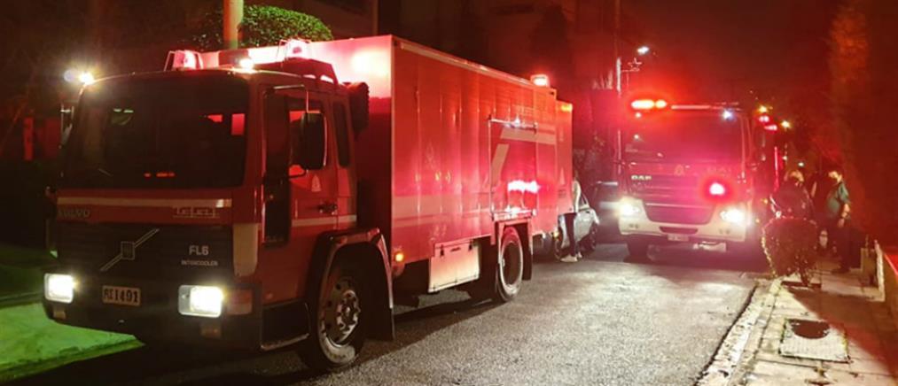 """""""Συναγερμός"""" μετά από πυρκαγιά σε γκαράζ πολυκατοικίας (εικόνες)"""