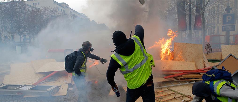 """Τα """"κίτρινα γιλέκα"""" εξαπλώνονται και στο Βέλγιο"""