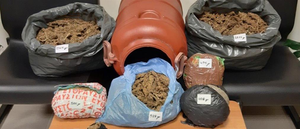 Έκρυβαν ναρκωτικά στο… χωράφι (εικόνες)
