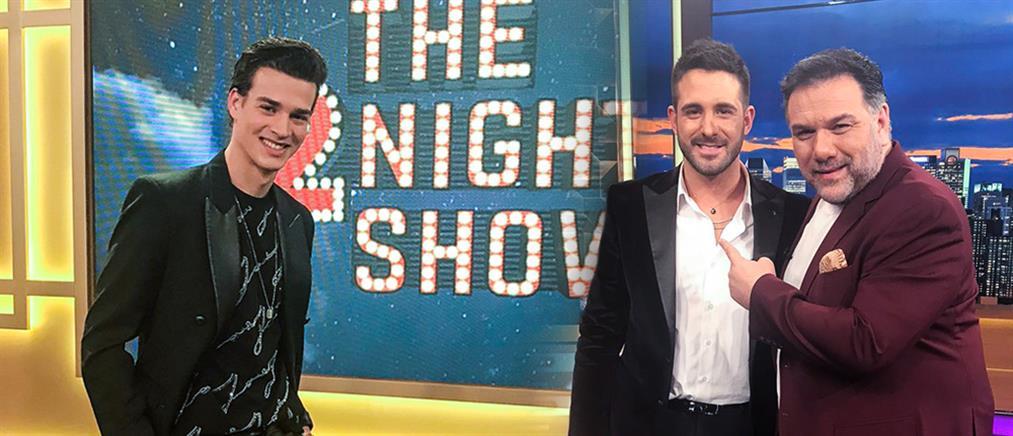 """The 2Night Show"": άνδρες καλεσμένοι και αφιέρωμα στον Παντελή Παντελίδη (εικόνες)"