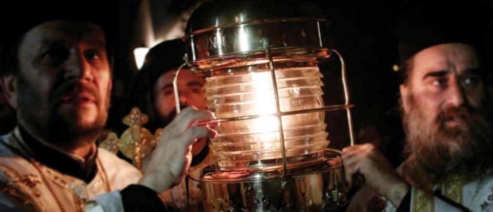 Βλάσης για Άγιο Φως: δεν θα το έχει στη λαμπάδα του ο κάθε πιστός…
