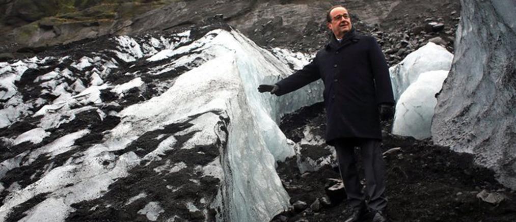 Η βόλτα του Φρανσουά Ολάντ στον παγετώνα