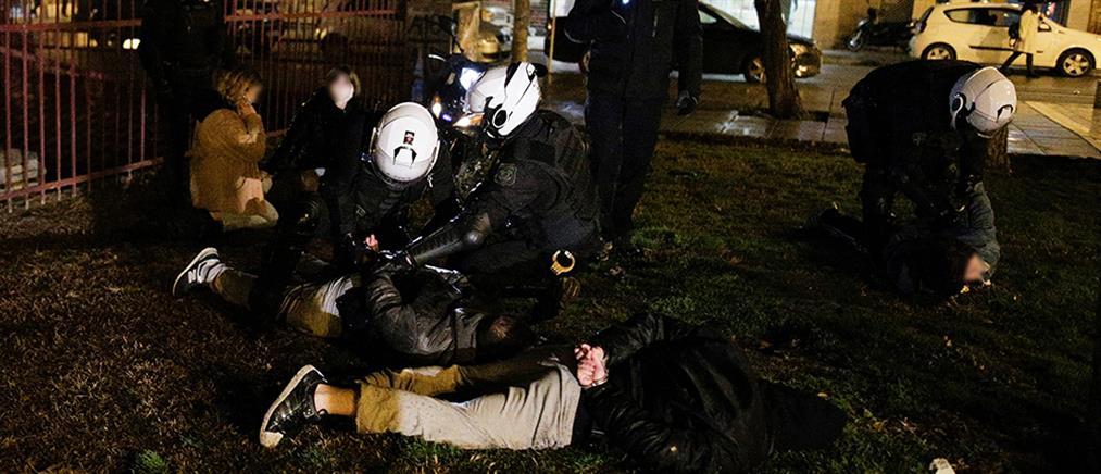 Θεσσαλονίκη: Επεισόδια αμαύρωσαν τη φοιτητική διαδήλωση (εικόνες)