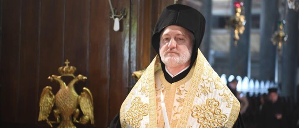 Ο Αρχιεπίσκοπος Αμερικής ζητά τα ονόματα νεκρών και ασθενών από τον κορονοϊό