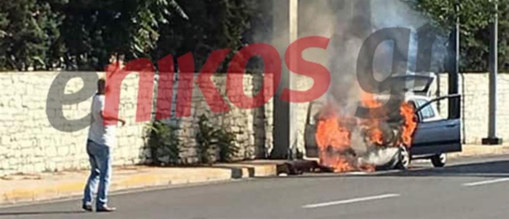 Φωτιά σε αυτοκίνητο και χάος στην Κηφισίας