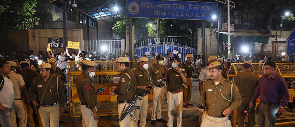 Ινδία: Εκτελέστηκαν οι δράστες του ομαδικού βιασμού της φοιτήτριας