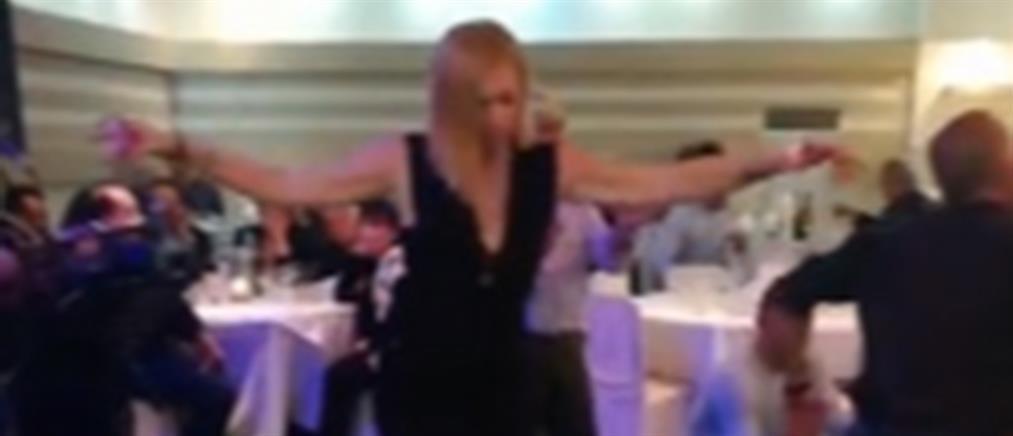 """Η ζεμπεκιά της Μακρή αφιερωμένη στους """"Έλληνες που δεν σκύβουν το κεφάλι"""" (βίντεο)"""