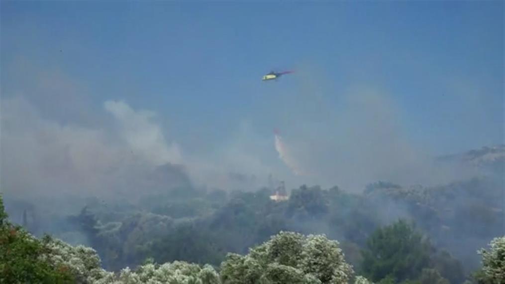 Μεγάλη πυρκαγιά στην Χίο
