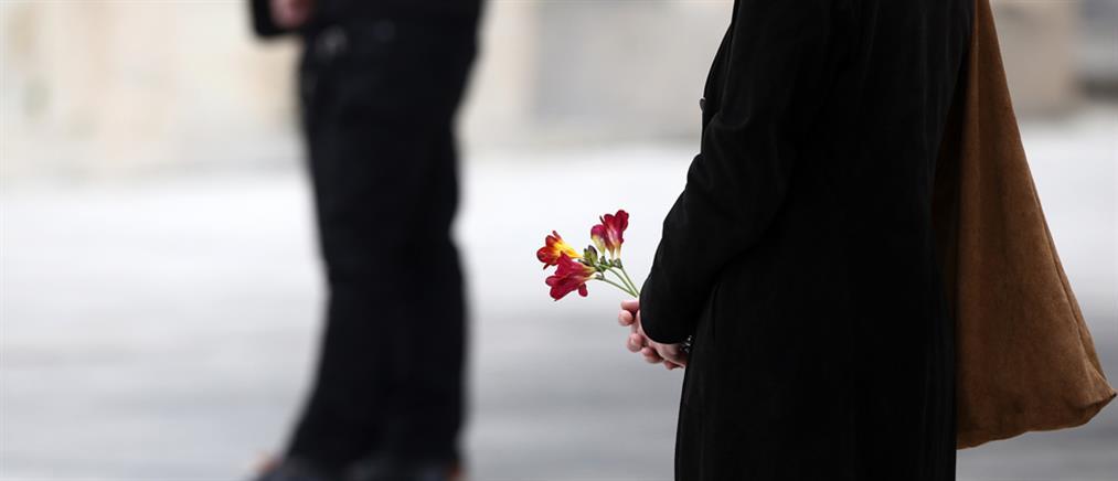 """Το """"αντίο"""" και το κρυφό μήνυμα της Μάγδας Φύσσα στον Μανώλη Γλέζο"""