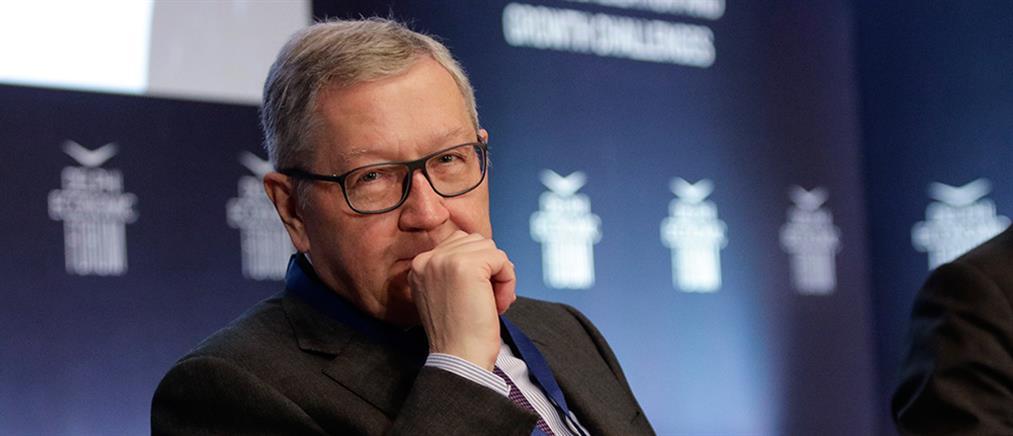 Ρέγκλινγκ: ο ESM θα παρακολουθεί την Ελλάδα για πολλές δεκαετίες