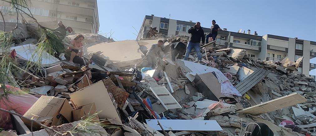 Σεισμός στην Σάμο: καταρρεύσεις κτηρίων στην Τουρκία (βίντεο)