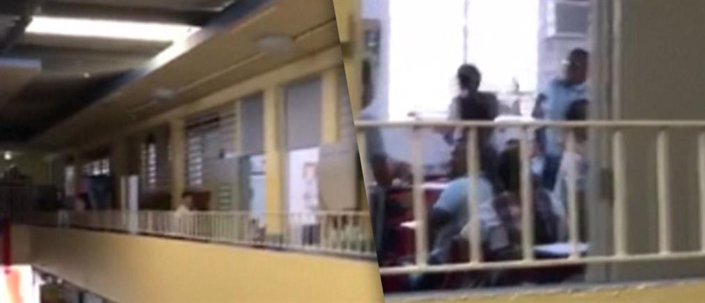 Μαθητές υποδέχονται το ρεύμα στο σχολείο τους μετά από 112 μέρες! (βίντεο)