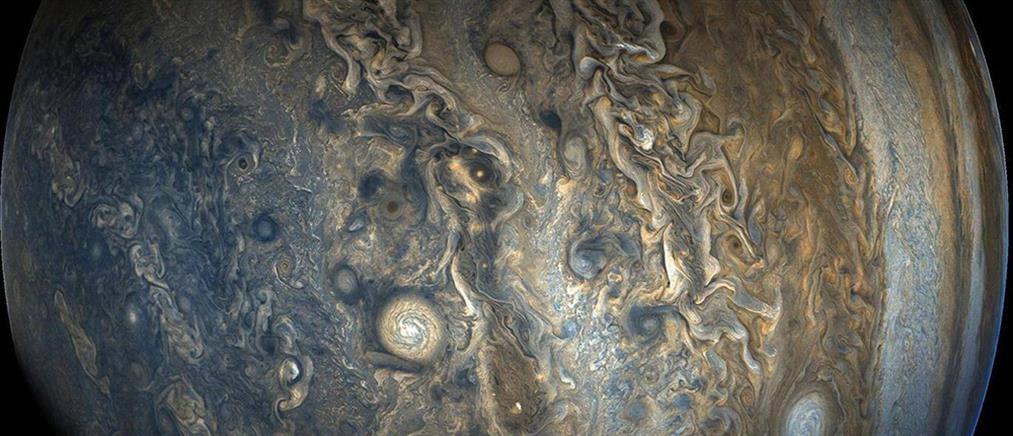 """Η """"Ήρα"""" βγάζει στη φόρα την ψυχεδελική ατμόσφαιρα στον πλανήτη Δία (φωτογραφίες)"""