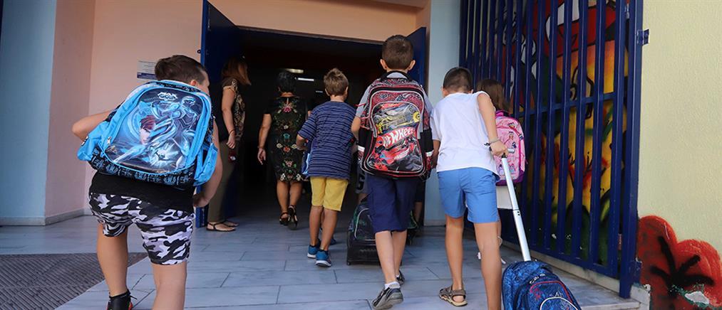 Υγειονομικούς ελέγχους σε όλα τα σχολεία της Αττικής ζήτησε ο Πατούλης