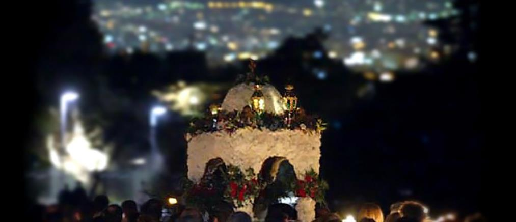 Εκκλησίες - Πάσχα: τα σενάρια για λειτουργίες, Επιτάφιο και Ανάσταση